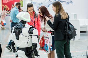 Философы научат россиян общаться с роботами. Promobot и ПНИПУ проводят исследование